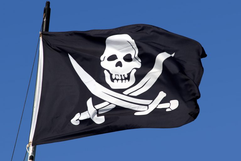 Um terço dos lares brasileiros com Internet consumiram pirataria online em 2020