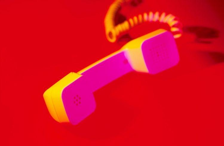 Telefonia fixa perde 281 mil linhas em agosto, mas autorizadas crescem