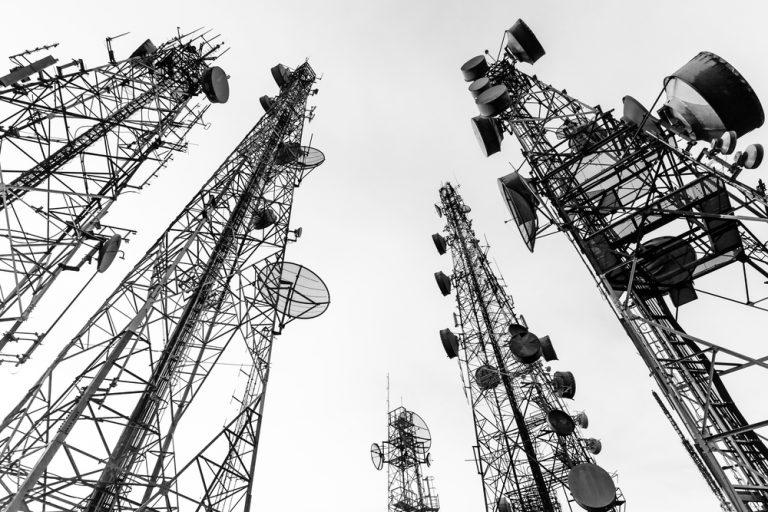 Banda C: Abratel pede urgência em cadastro de estações profissionais de satélite