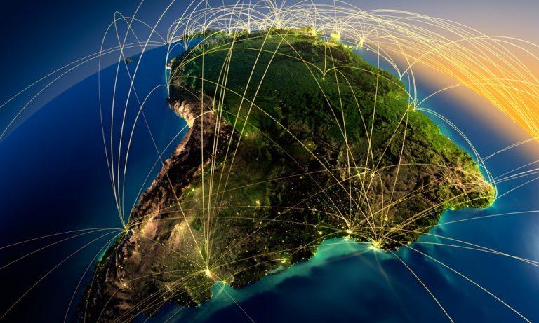 Acessos de banda larga fixa em fibra devem crescer 279% no Brasil até 2025