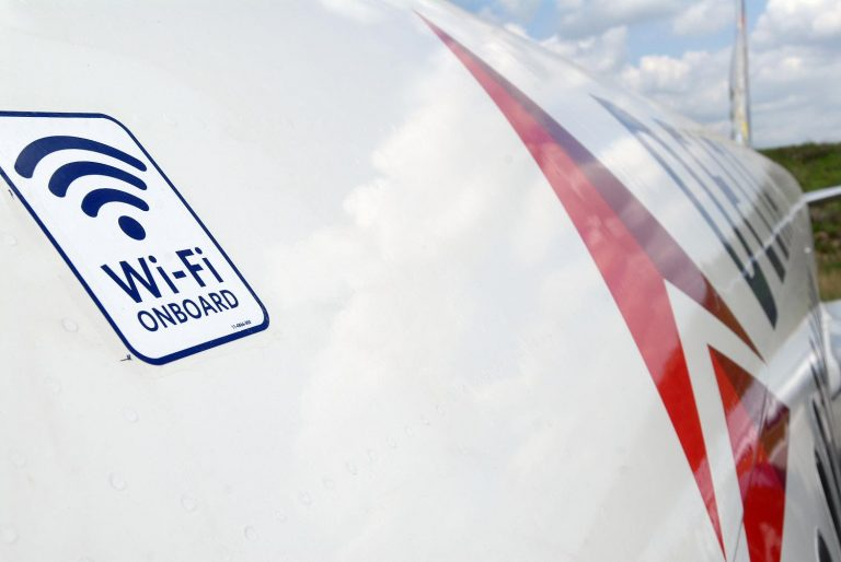 Viasat fornecerá conectividade de bordo para aeronaves da Delta