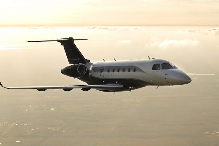 Embraer e Viasat assinam contrato para capacidade em jatos executivos