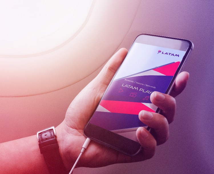 Latam passa a oferecer Wi-Fi em todos os voos da ponte aérea Rio-São Paulo