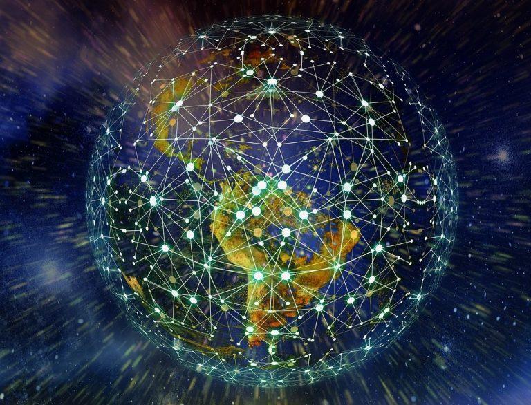 Vodafone e Rakuten investem em rede móvel via satélite