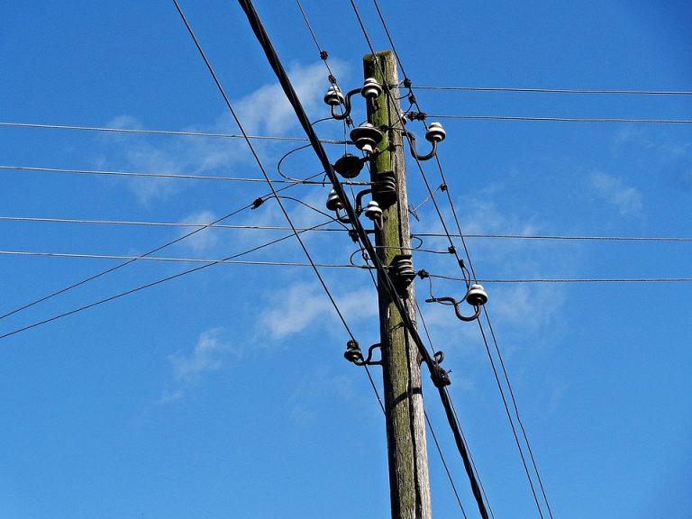 ISPs querem preço menor para poste em área rural e pouco densa