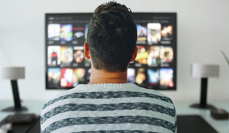 KPMG: covid-19 impulsiona Internet fixa e voz, mas pressiona TV por assinatura