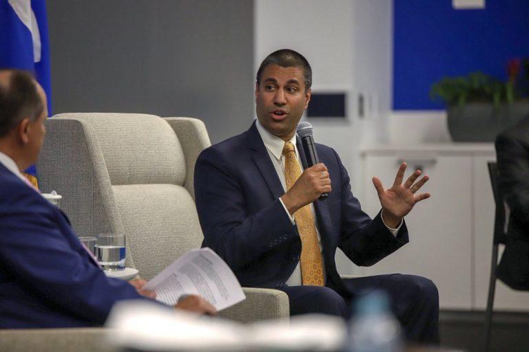 Representante de Trump na FCC, Ajit Pai antecipa saída