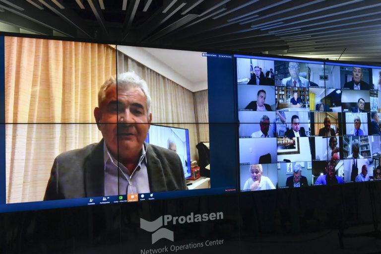 Novo relatório de Angelo Coronel retira necessidade de data center no Brasil