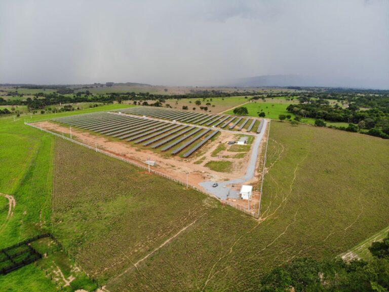 Claro recebe mais quatro usinas de energia fotovoltaica para consumo próprio
