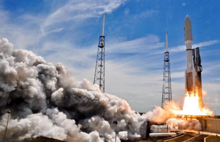 SES escolhe SpaceX para lançar satélites no plano de limpeza da banda C nos EUA