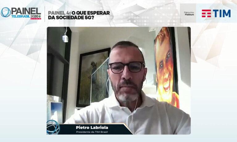 Presidente da TIM propõe aposta no OpenRAN para Brasil virar referência no 5G