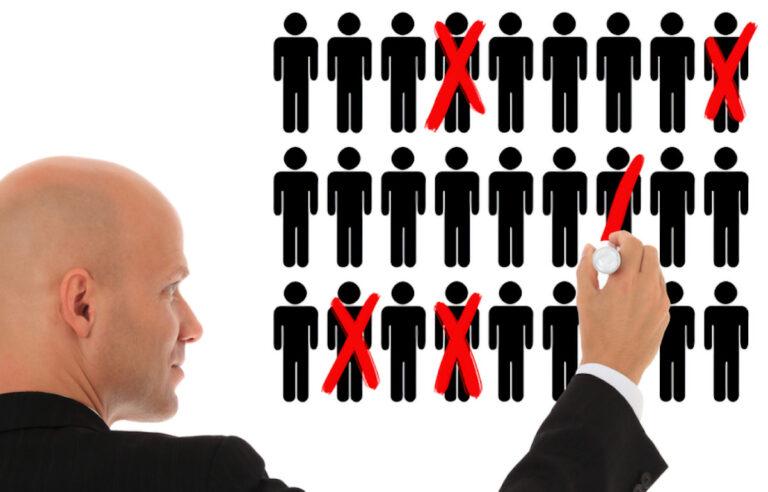 Oi anuncia plano de demissão voluntária para reduzir 2 mil cargos