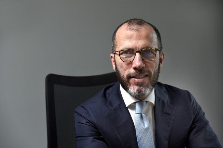 CEO da TIM assume presidência da Conexis