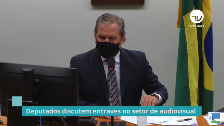 Parlamentares pressionarão Maia para anular atos da Ancine e Anatel
