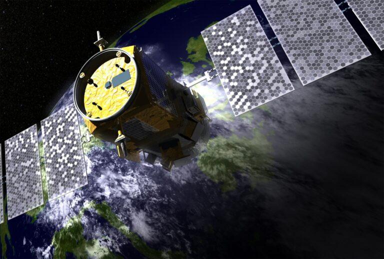 Sindisat propõe reiterar destinação da faixa de 28 GHz em plano de frequências da Anatel
