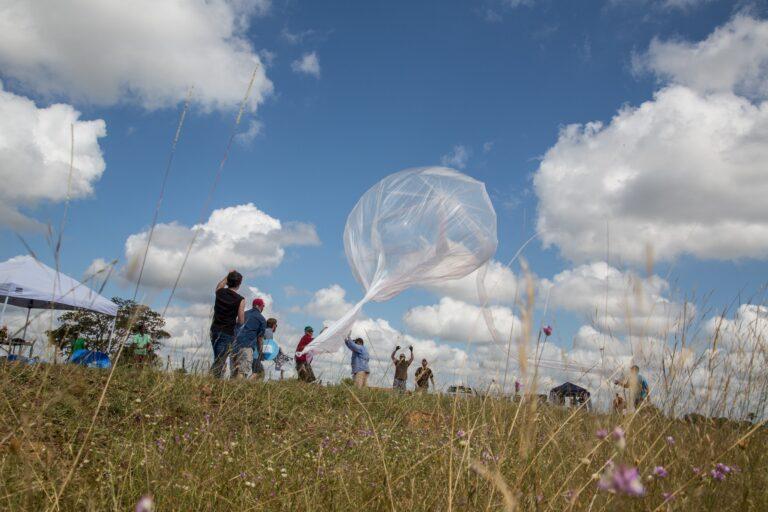 Google encerra projeto Loon de balões para cobertura de Internet