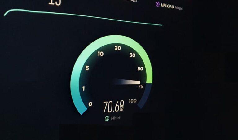 Anatel prepara selo de qualidade na banda larga; redes antigas devem ter pior desempenho