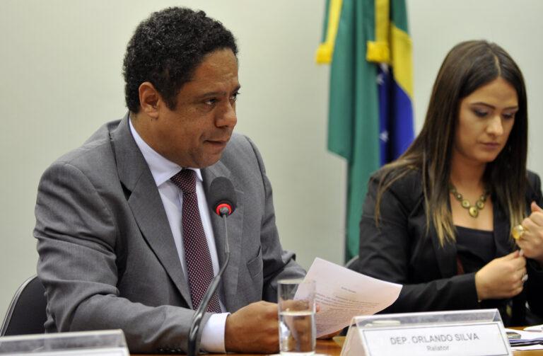 PL das Fake News será debatido em grupo de trabalho; Orlando Silva será relator
