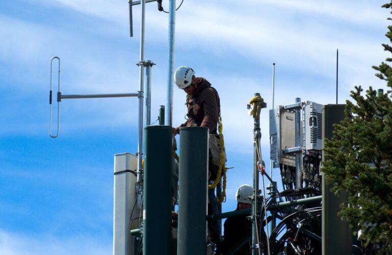 Fiscalização de qualidade de construção de redes é dever do CREA, diz Baigorri