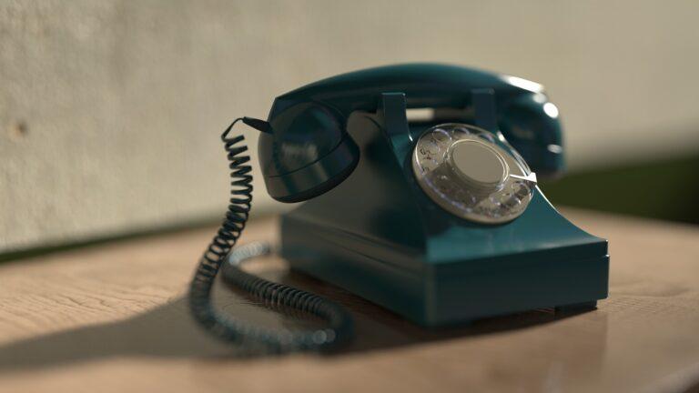 Pela primeira vez, autorizadas passam concessionárias em acessos de telefonia fixa