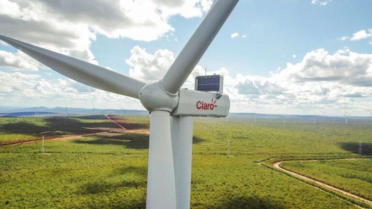 Claro inaugura unidade de energia eólica na Bahia