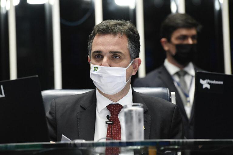 Rodrigo Pacheco devolve MP das redes sociais