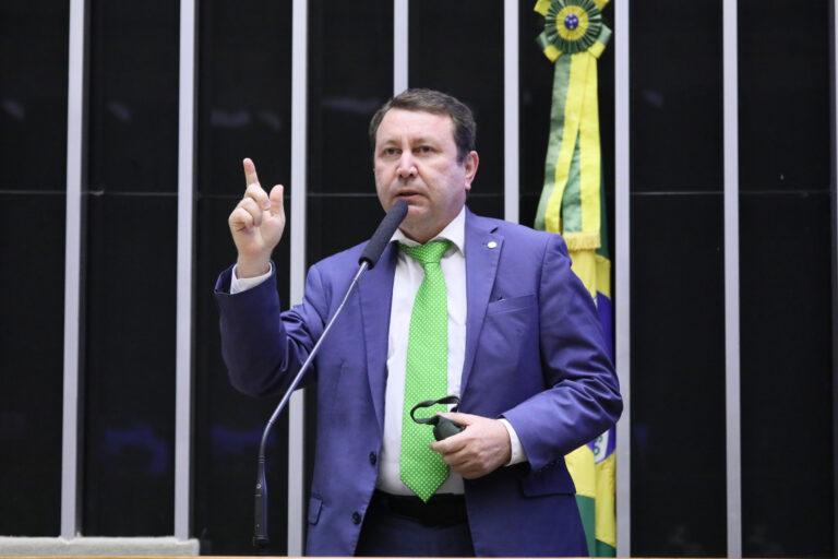 Parlamentar propõe silêncio positivo a Conselho Gestor do Fust
